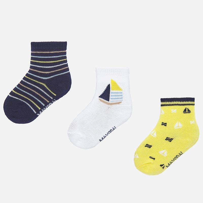 Комплект от три чифта пъстри чорапи за бебе момче Mayoral 10736