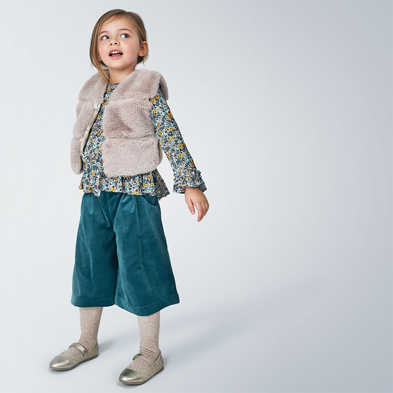 Детски красив пухкав елек Mayoral 4351