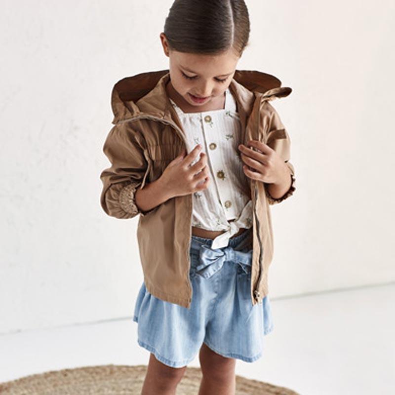 Ефектен дънков къс панталон за момиче Mayoral 3206