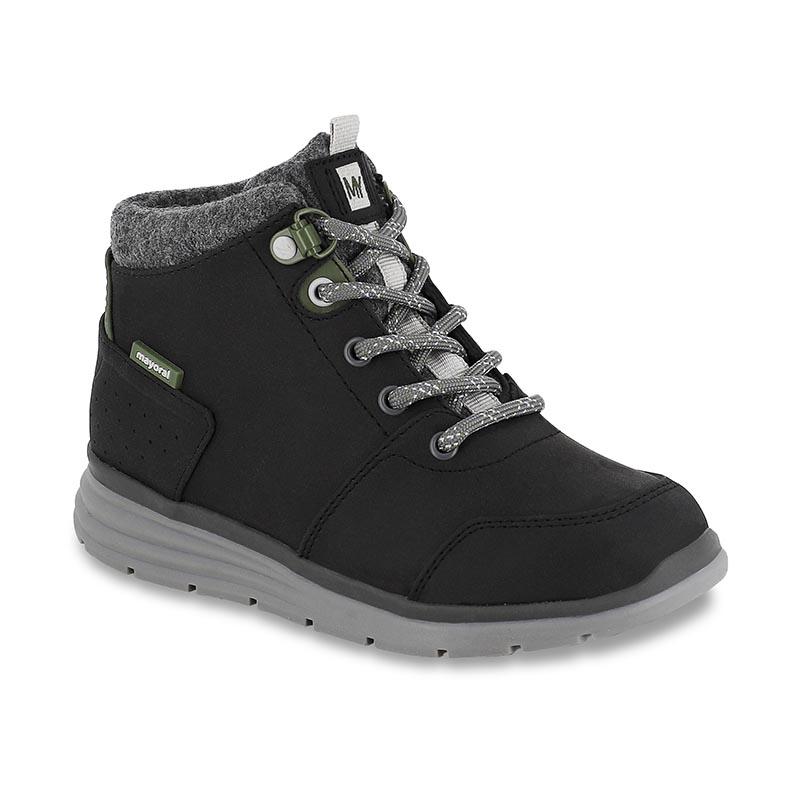 Спортно-елегантни обувки за момче Mayoral 46263